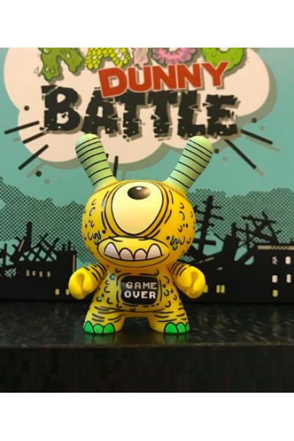 Kidrobot Kaiju Dunny Battle M5 Bravo 3/48 Vinyl Mini Figure by Jeff Lamm (ART26)