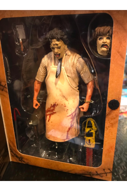 Neca The Texas Chainsaw Massacre Leatherface Ultimate Action Figure (AF338)