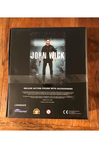 Diamond Select Toys John Wick Deluxe Action Figure with Accessories (AF374)